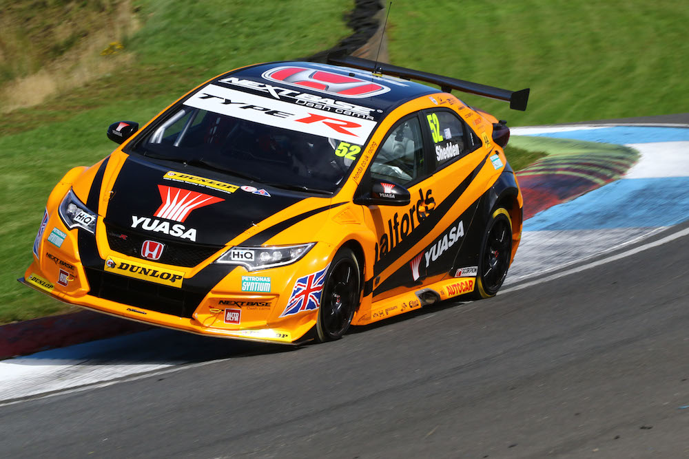 2016 BTCC Knockhill 004 (C) Honda UK