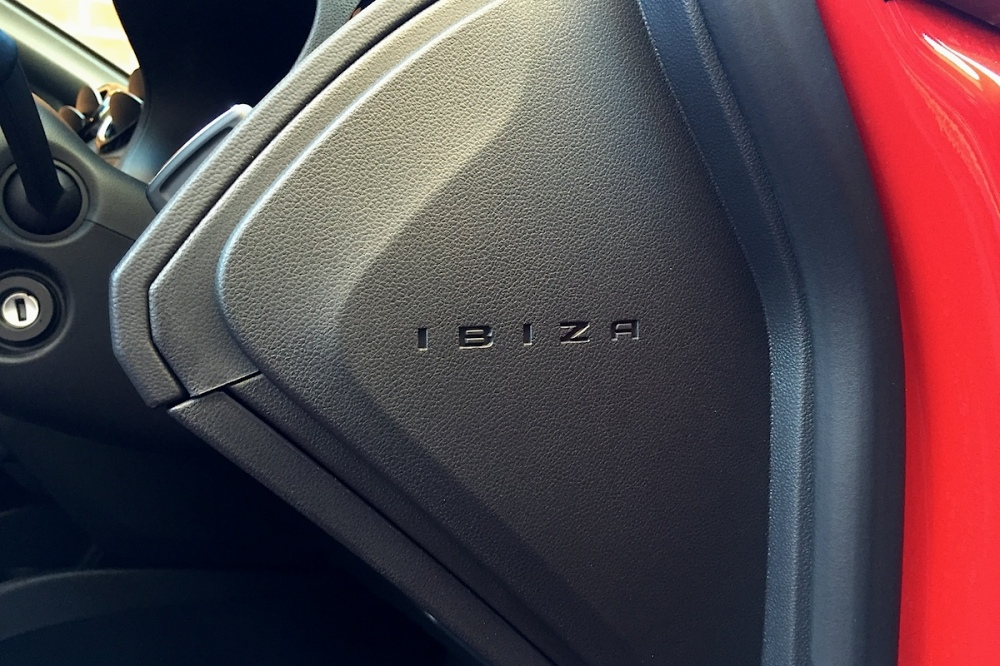2016 SEAT Ibiza Cupra Black Interior