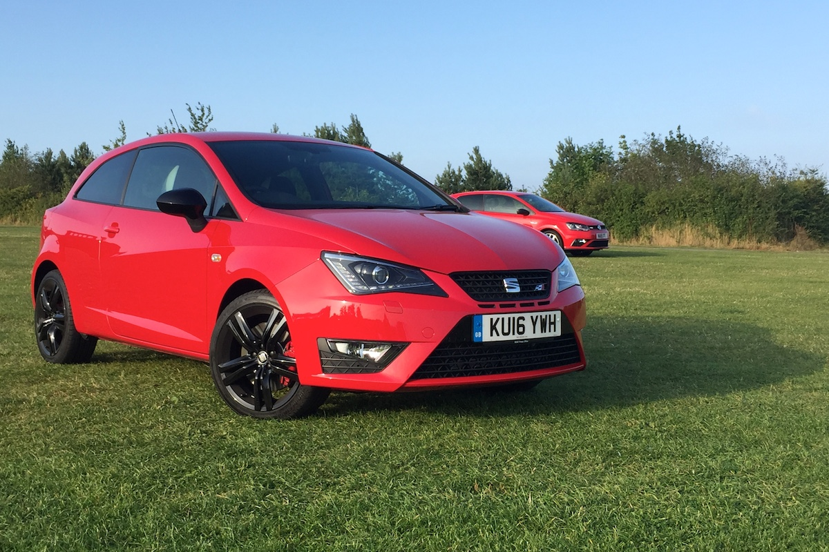 twin test review vw polo gti vs seat ibiza cupra black engagesportmode. Black Bedroom Furniture Sets. Home Design Ideas