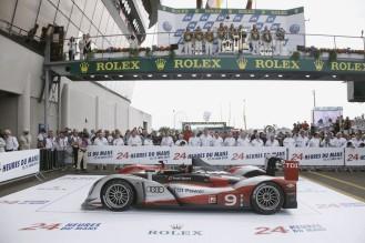 2010 Audi Sport R15 TDI
