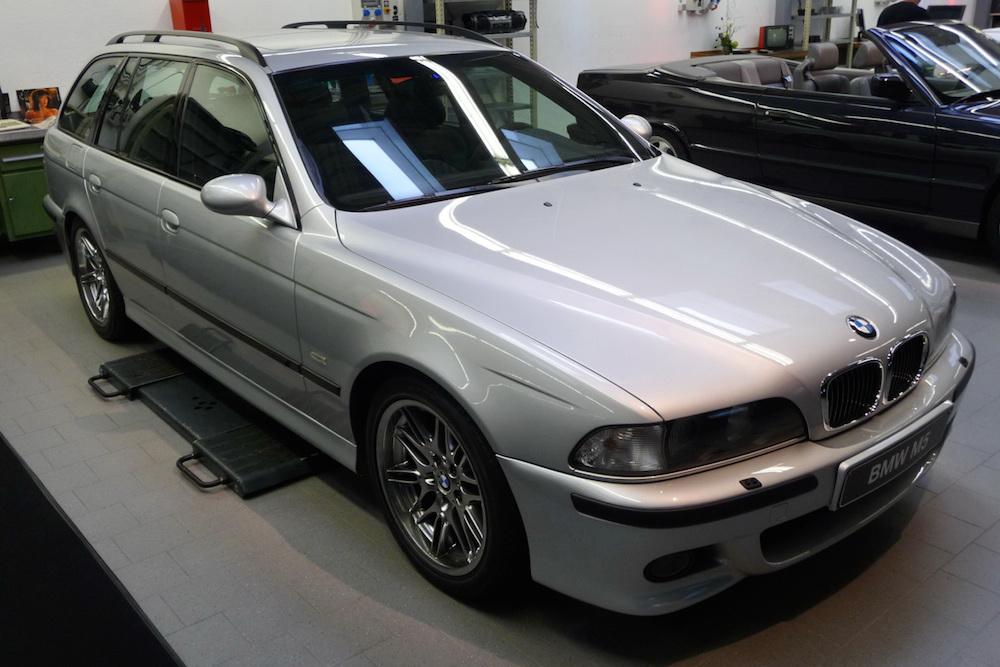 2001 BMW E39 M5 Touring
