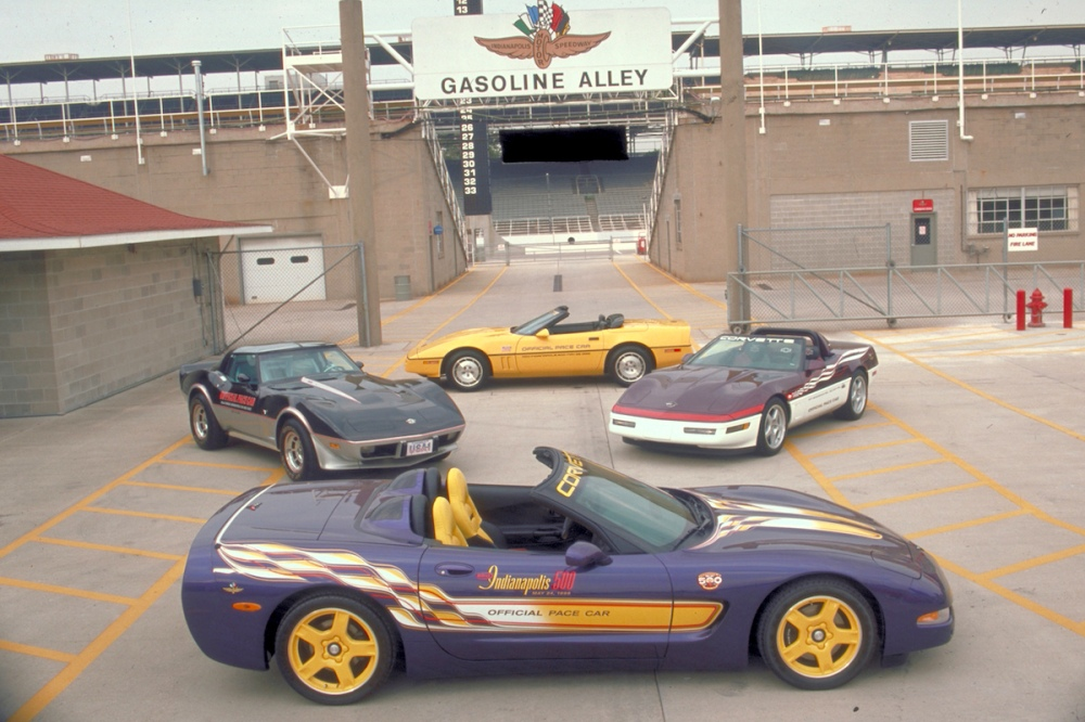 1998 Chevrolet C5 Corvette Convertible Indy 500 Pace Car (C) Chevrolet