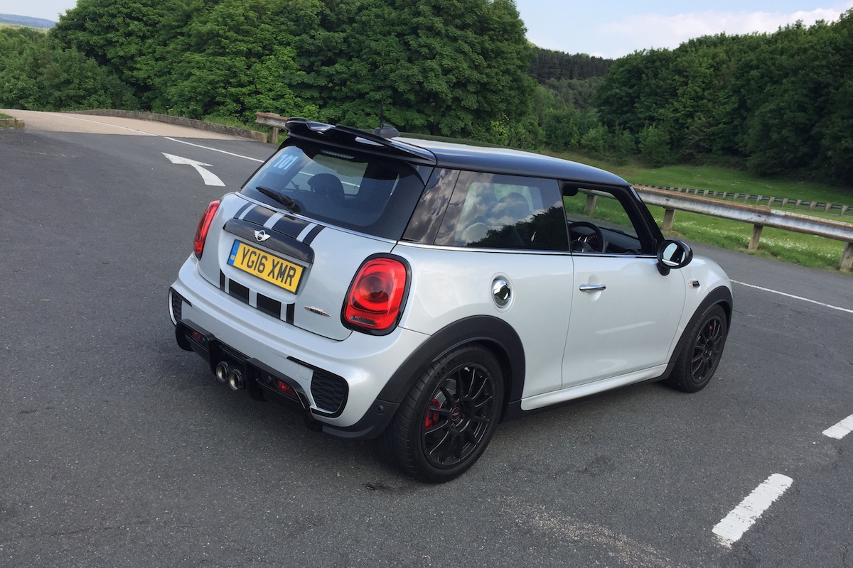 Quick Review Mini John Cooper Works Challenge Engagesportmode