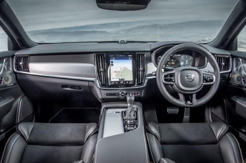 2017 Volvo V90 D5