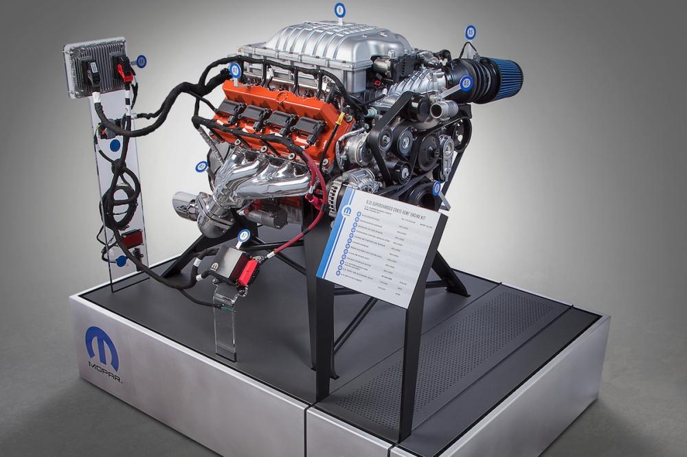 2017 Mopar Hellcrate Engine