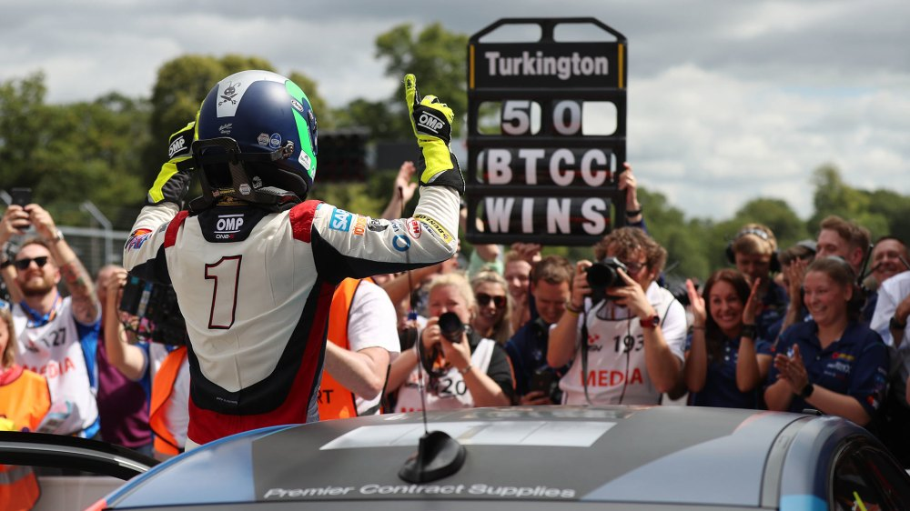 BTCC 2019 Oulton Park Highlights