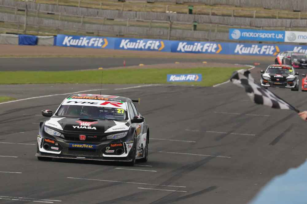 BTCC 2020 Knockhill Highlights